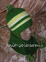Вязаный комплект для ребенка - шапка с ушками и шарф с помпонами - knit-solo.com