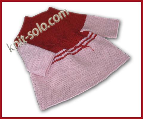 Вязаное крючком теплое платье для девочки
